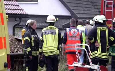 Brand im Messihaus: Uneinsichtiger Bewohner riskiert sein eigenes Leben und das der hilfsbedürftigen Mutter: Bewohner lehnte Hilfe ab, erst Minuten später alarmierten die Nachbarn die Feuerwehr