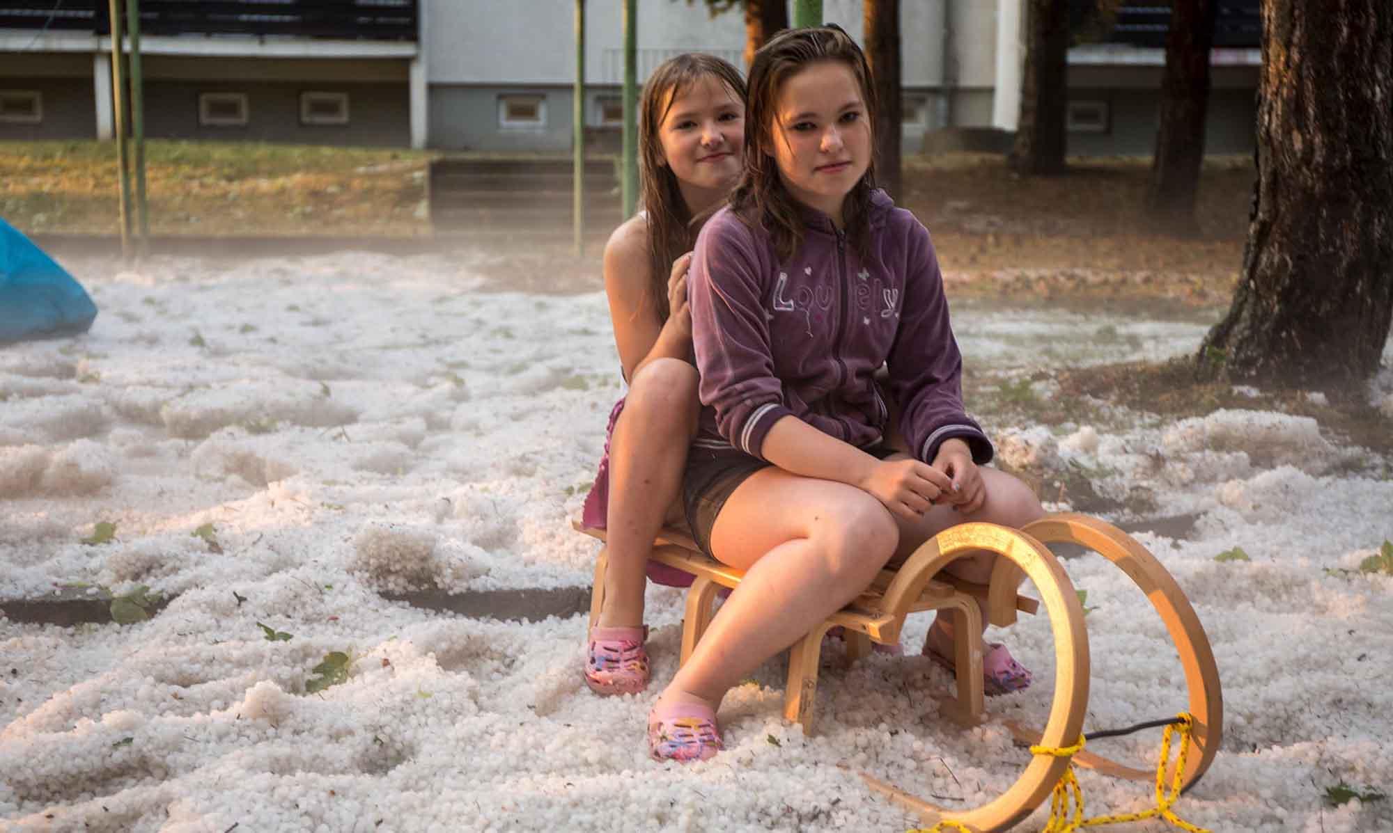 Hagelmassen im Hochsommer in Thüringen mit einer Schlittenfahrt